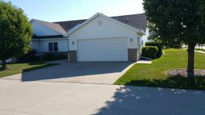2404 S 45TH AVE, GRAND FORKS, ND 58201