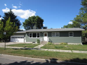2602 8TH AVE N, GRAND FORKS, ND 58203