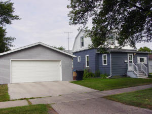 524 8TH AVE N, GRAND FORKS, ND 58203