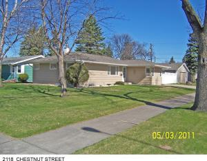 2118 CHESTNUT ST, GRAND FORKS, ND 58201