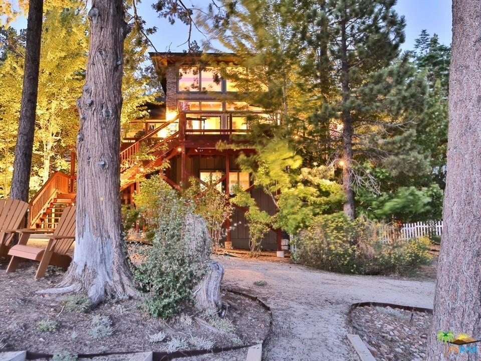 Photo of 39583 LAKE Drive, Big Bear Lake, CA 92315