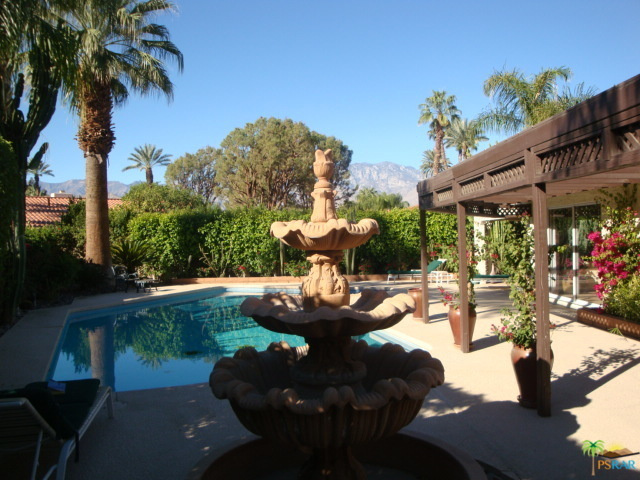 Photo of 34 LINCOLN Place, Rancho Mirage, CA 92270