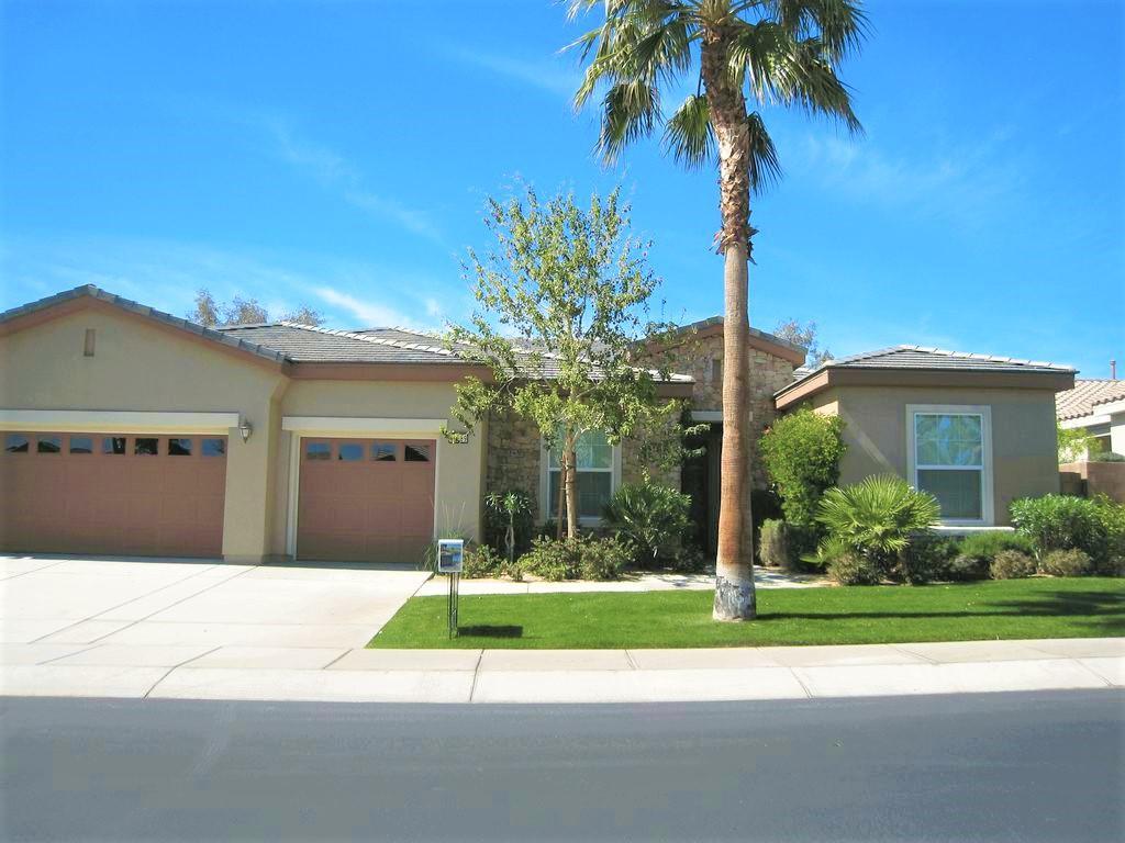 Photo of 61089 Fire Barrel Drive, La Quinta, CA 92253