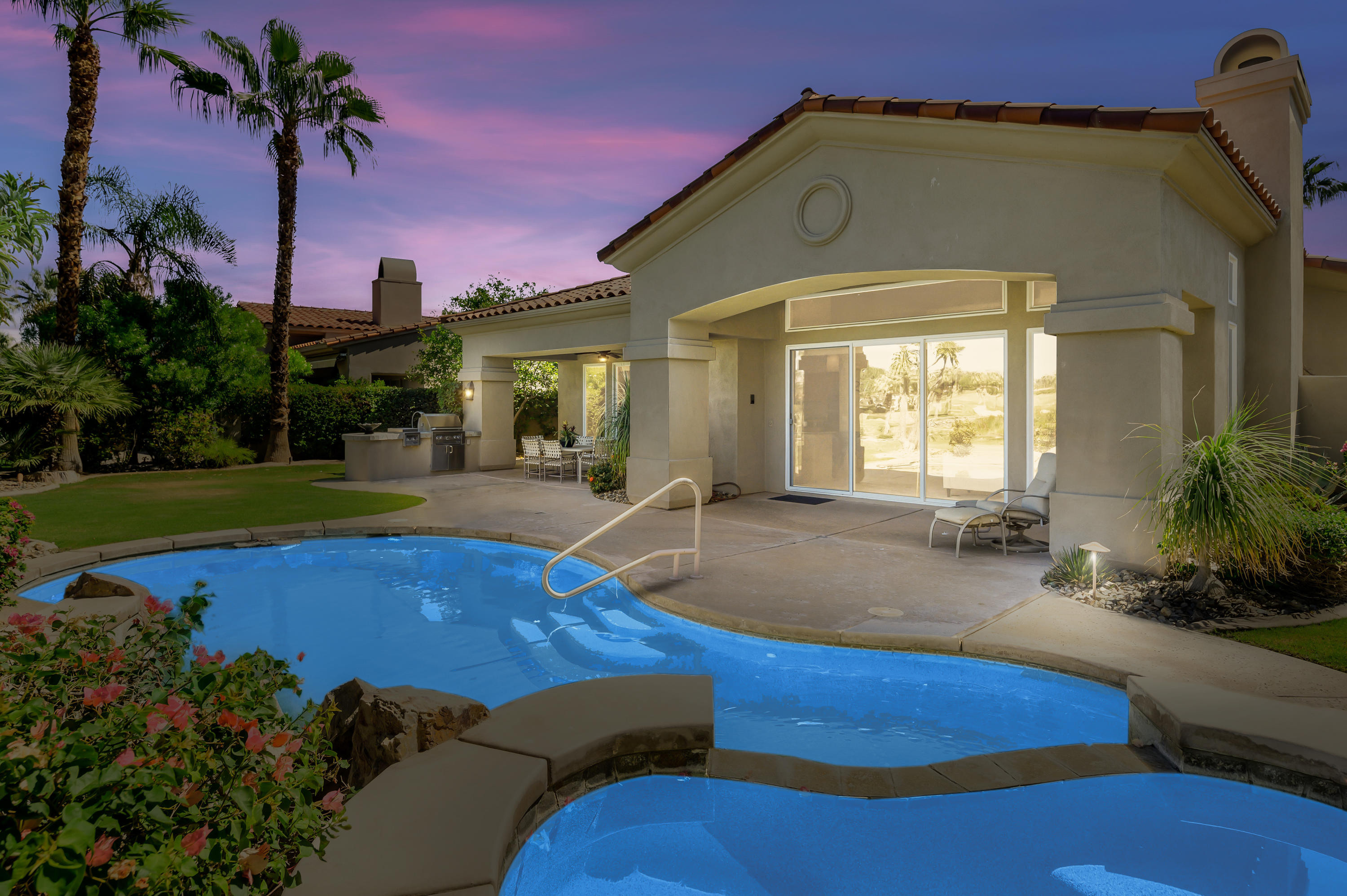 Photo of 692 Mission Creek Drive, Palm Desert, CA 92211