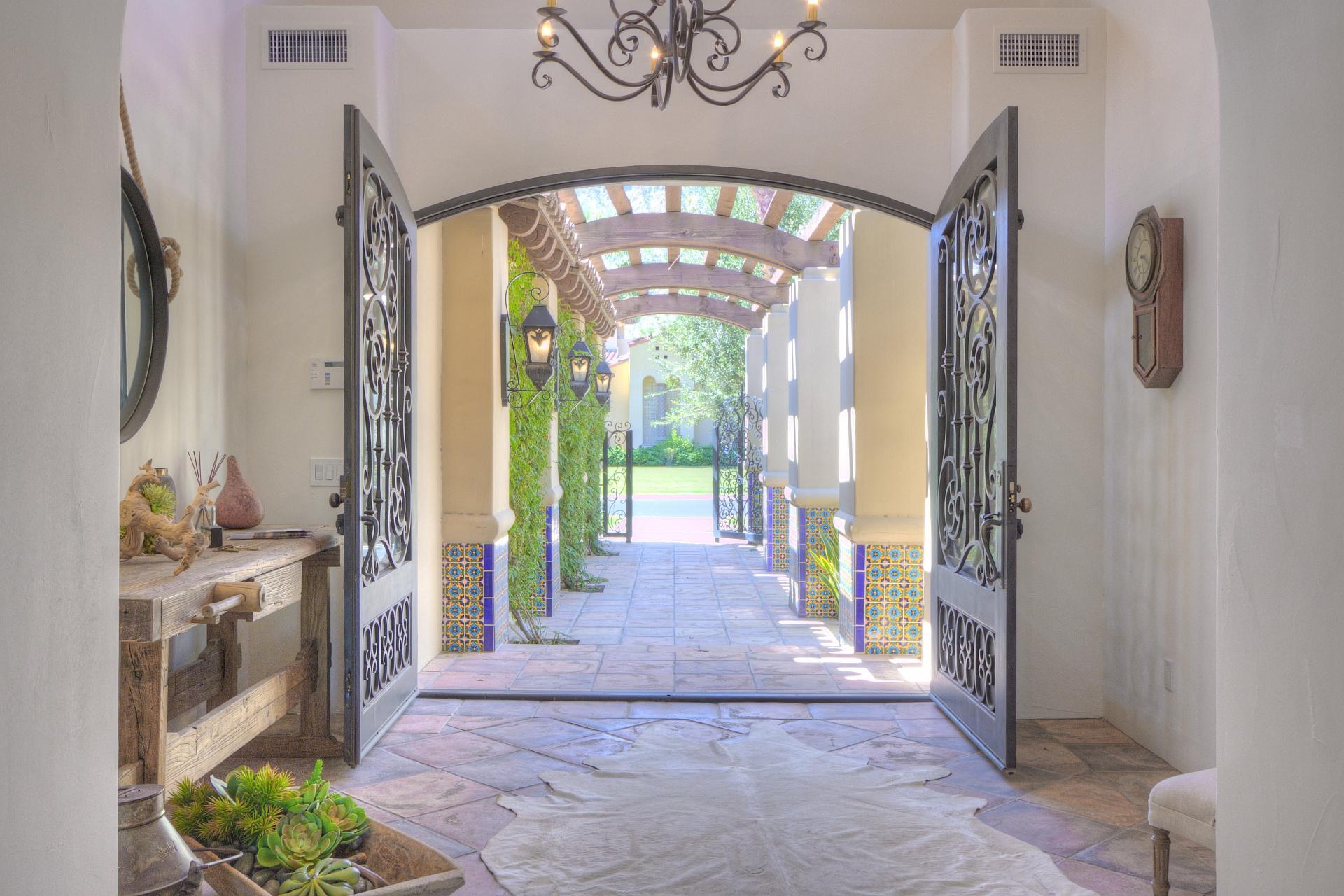 Photo of 53496 Via Palacio, La Quinta, CA 92253