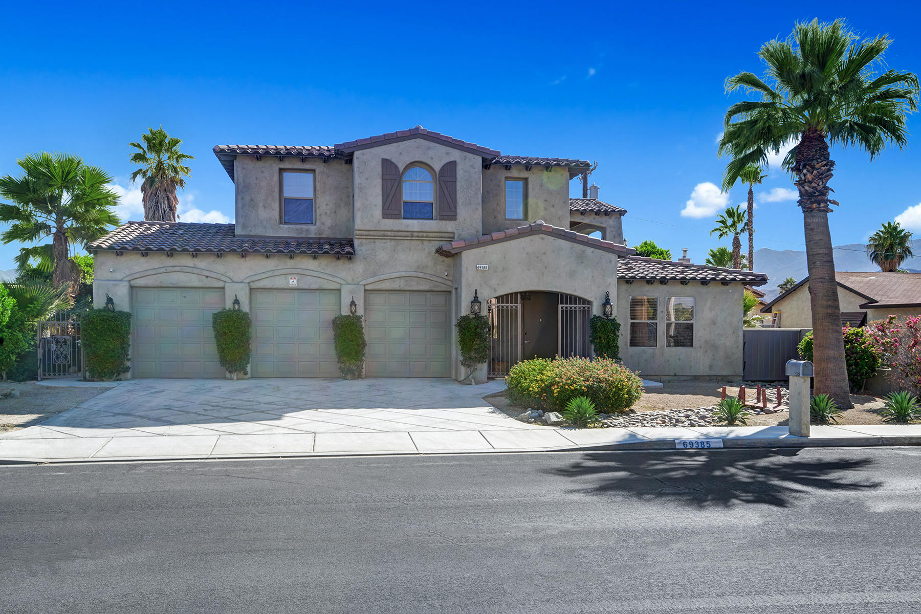 Photo of 69385 Mccallum Way, Cathedral City, CA 92234