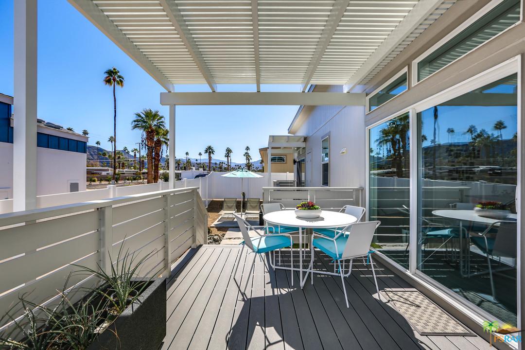 204 Lei Drive, Palm Springs, California