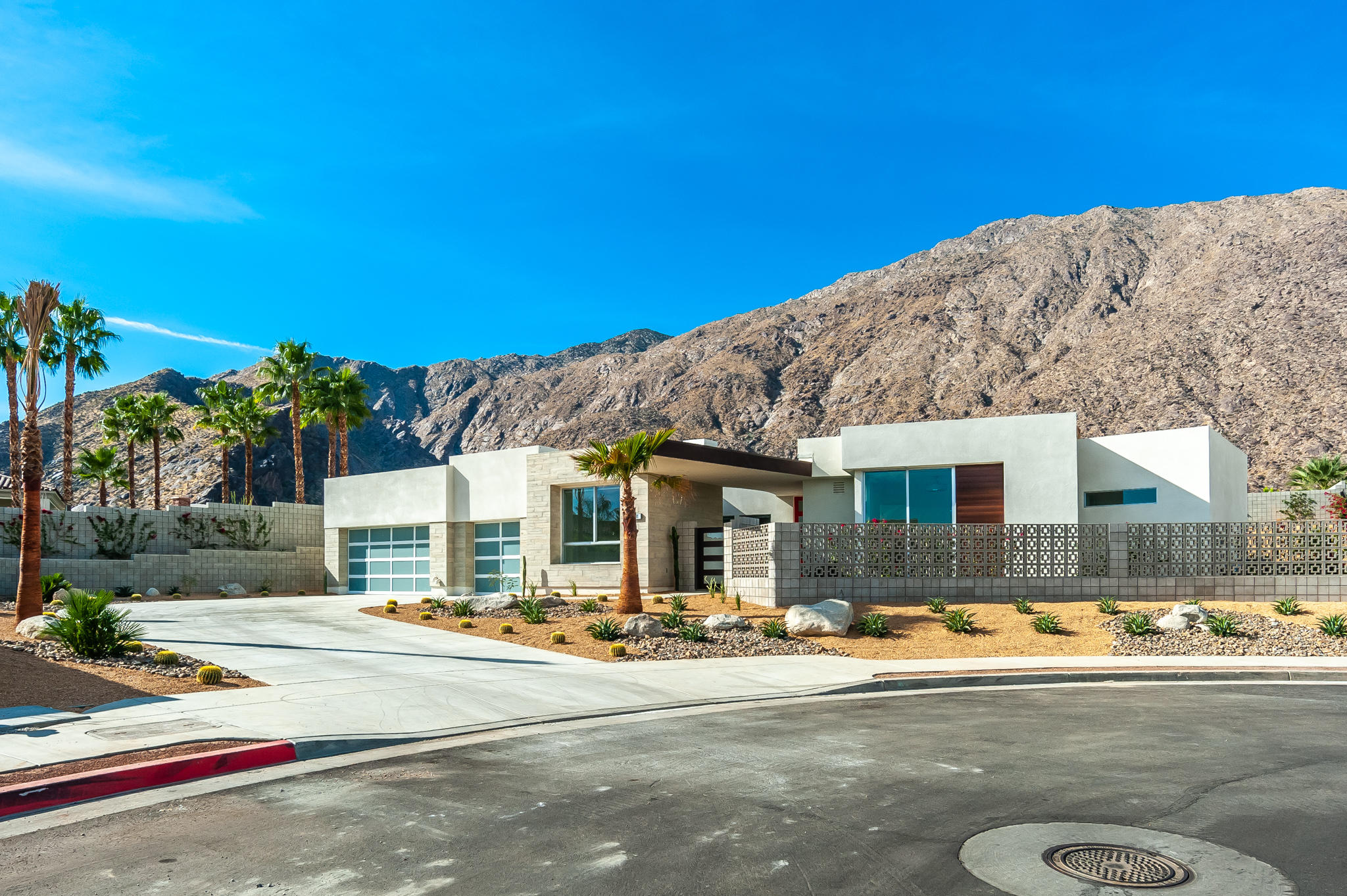 Photo of 591 Athena Court, Palm Springs, CA 92264