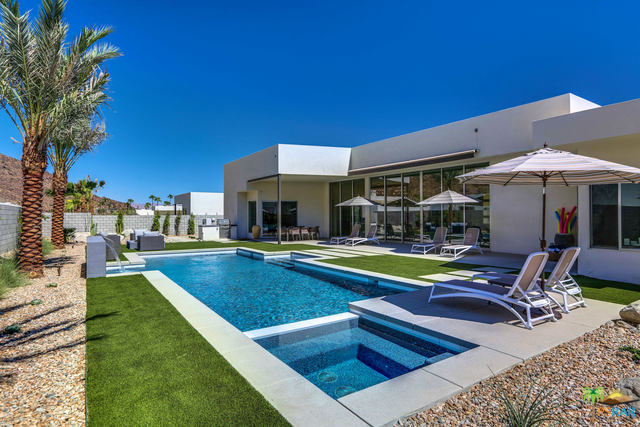 Photo of 575 Capella Court, Palm Springs, CA 92264
