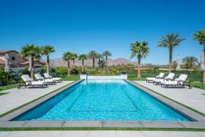Property for sale at 81552 Ronda Drive, La Quinta,  California 92253
