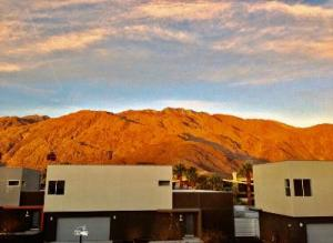 Property for sale at 1046 Hunter Drive, Palm Springs,  California 92262