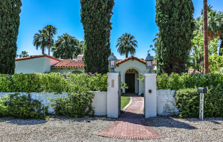 Photo of 463 W Vereda Norte, Palm Springs, CA 92262