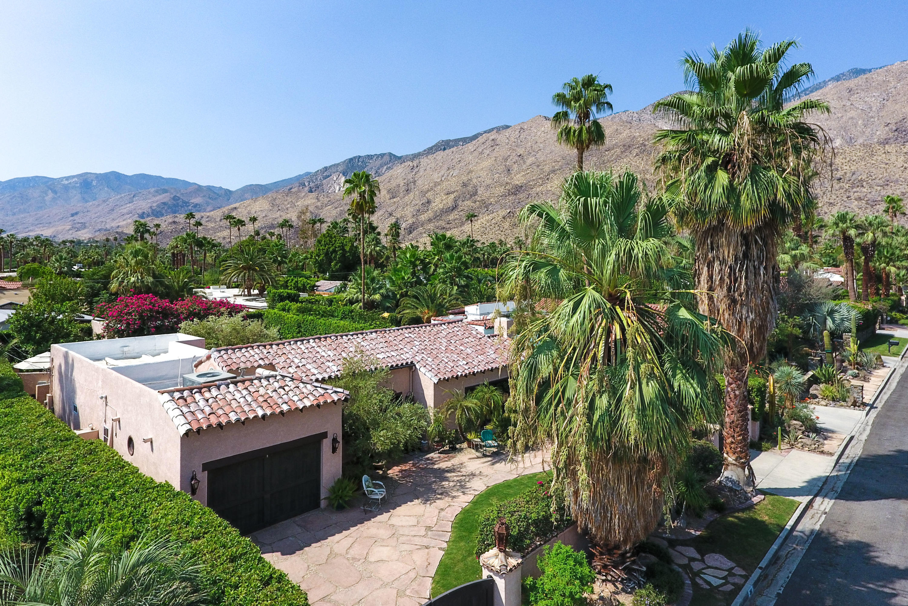 Photo of 261 E Palo Verde Avenue, Palm Springs, CA 92264
