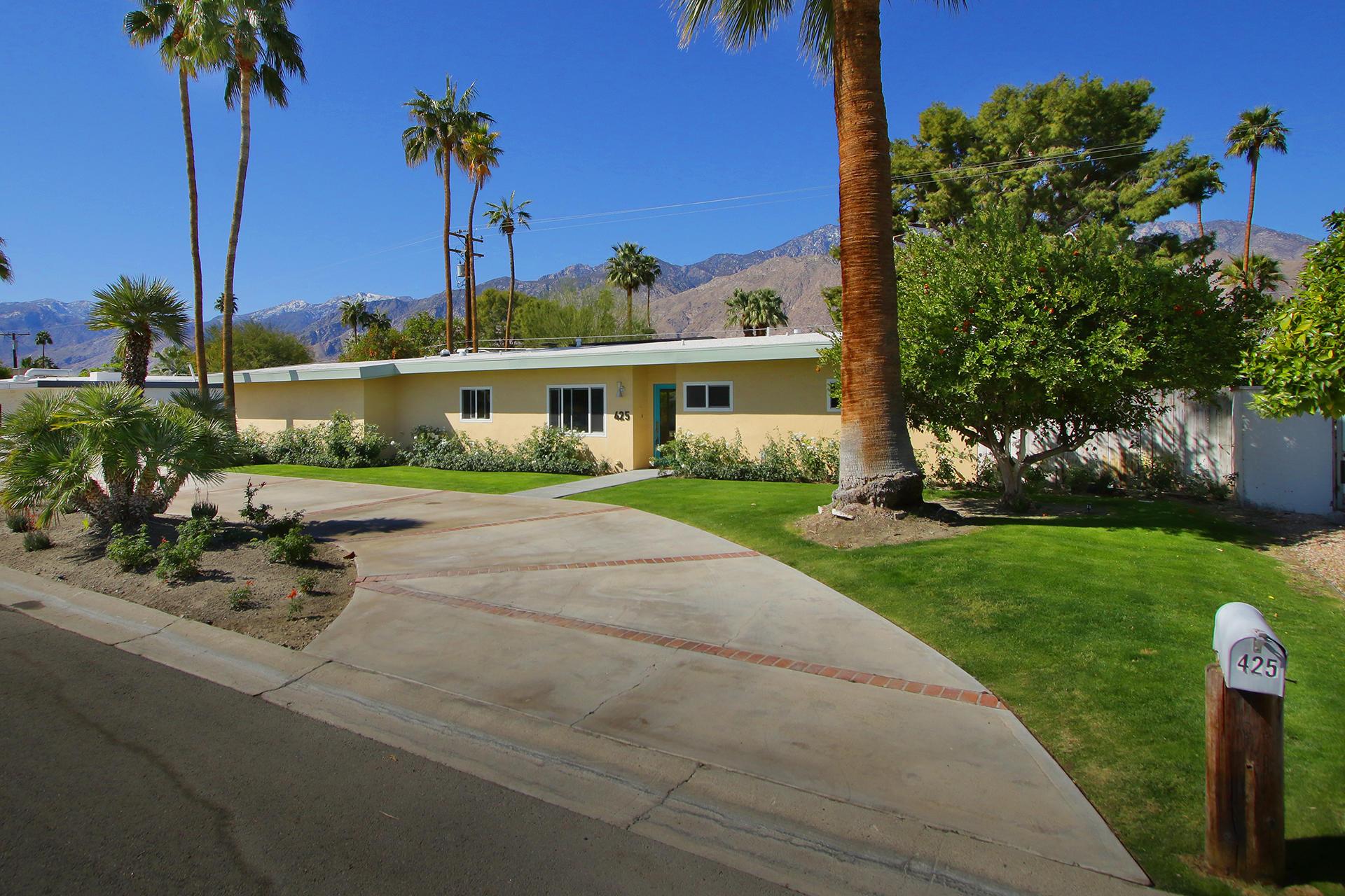 Photo of 425 N Monterey Road, Palm Springs, CA 92262