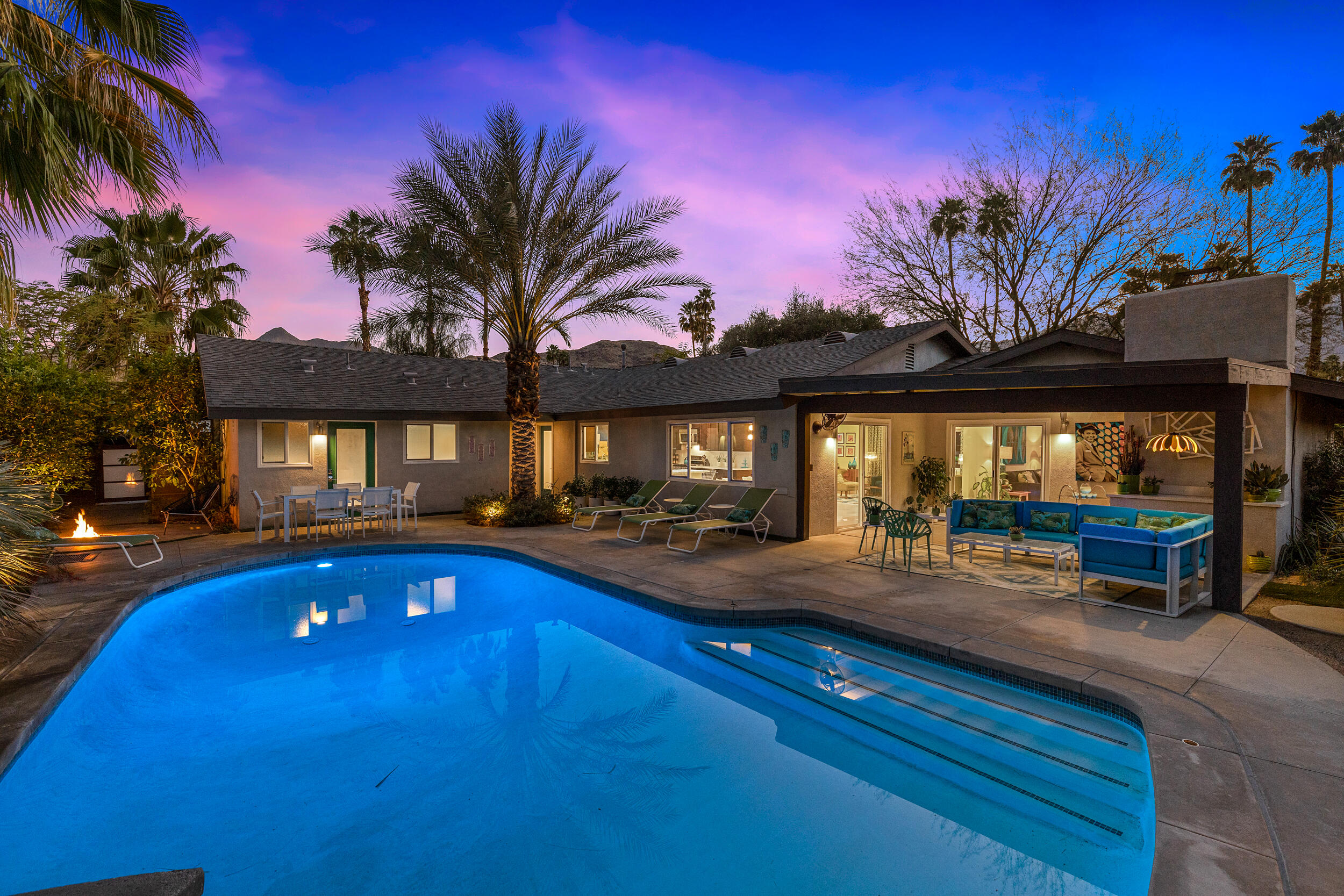 Photo of 2118 S Gene Autry Trail, Palm Springs, CA 92264