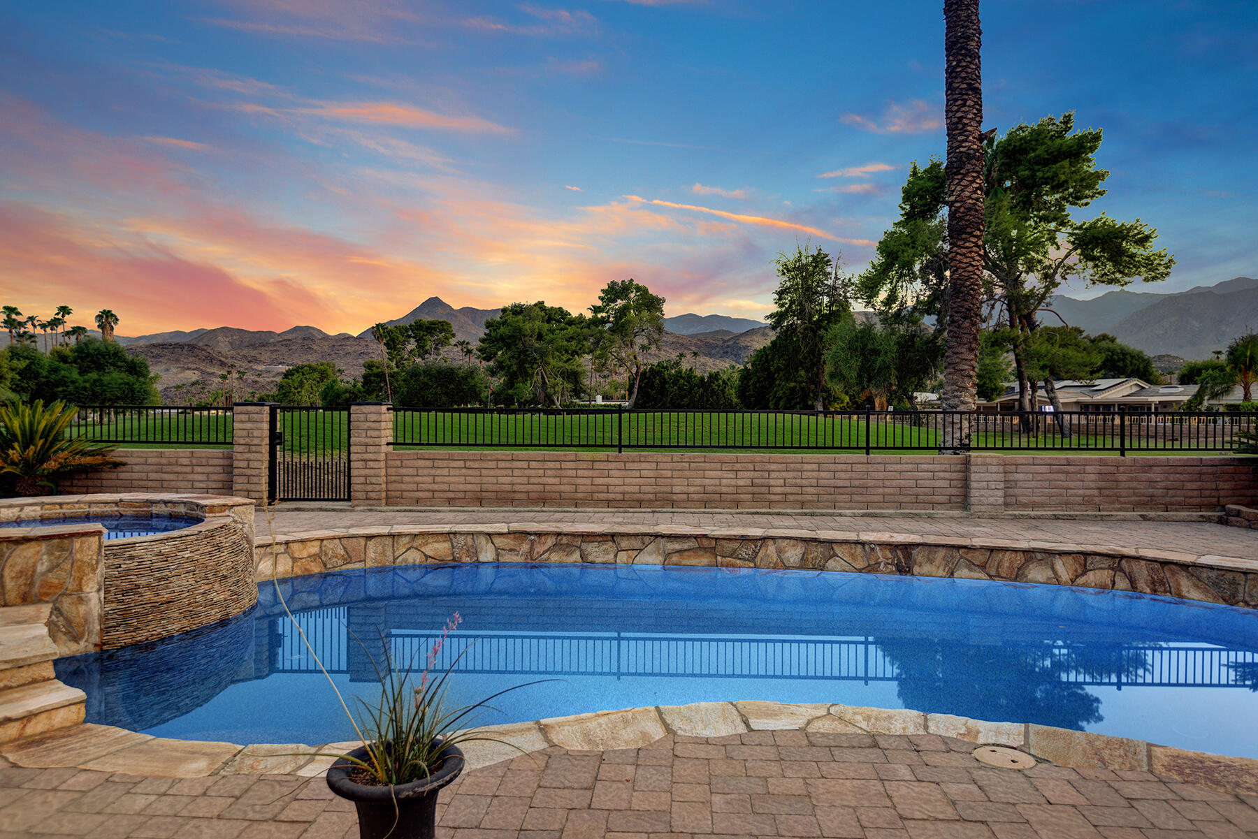 Photo of 5365 E Cherry Hills Drive, Palm Springs, CA 92264