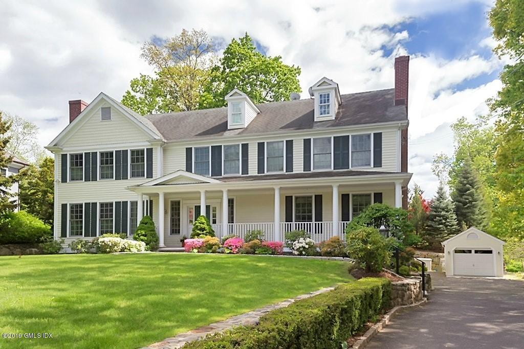 82 Lockwood Road - Riverside, Connecticut