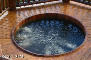 Main Deck Hot Tub