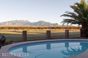 2717 S Greenside Place, Green Valley, AZ 85614