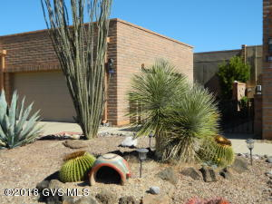 Wonderful El Nopal Model With Desert and Some Mountain Views Behind. Double Garage is Great to Have. Eat-In Kitchen. Tile Floors in all the Right Places. H/C Unit Replaced Nov 2011. Skylights. Enclosed Entry From Garage to Home. Furniture Avail. SBOS