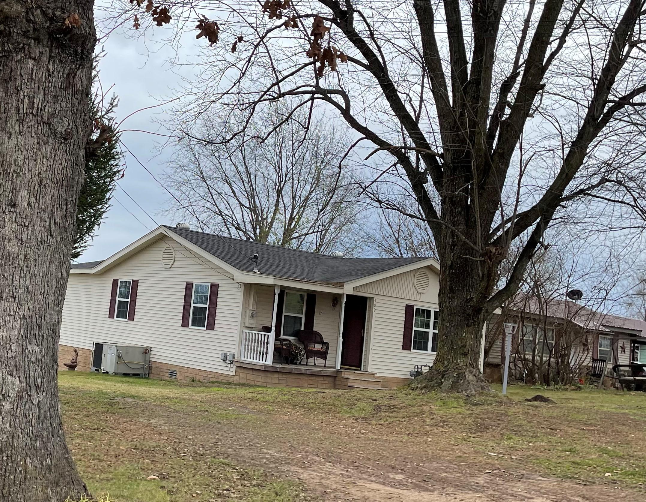 409  Cemetery Road