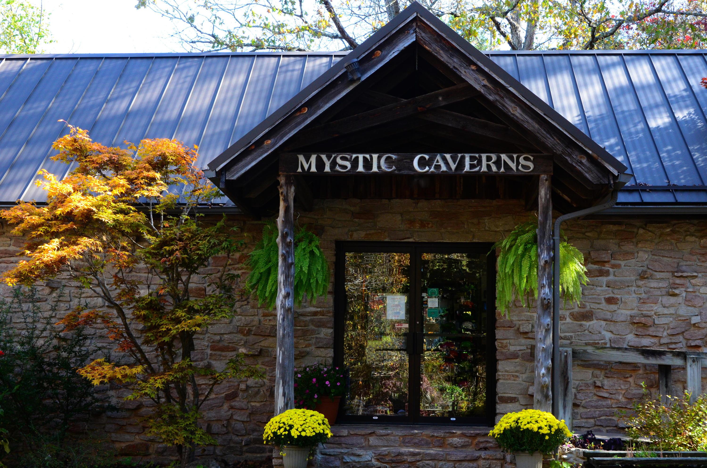 Caverns Drive