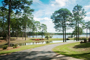 269 W Lake, Hattiesburg, MS 39402