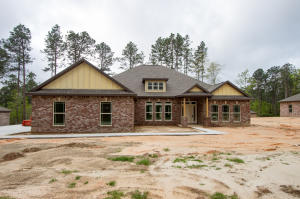 41 E Yellowstone, Hattiesburg, MS 39402