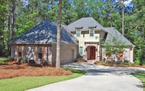 103 Crystal Creek, Hattiesburg, MS 39402