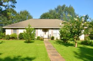 613 Cox Ave., Hattiesburg, MS 39402