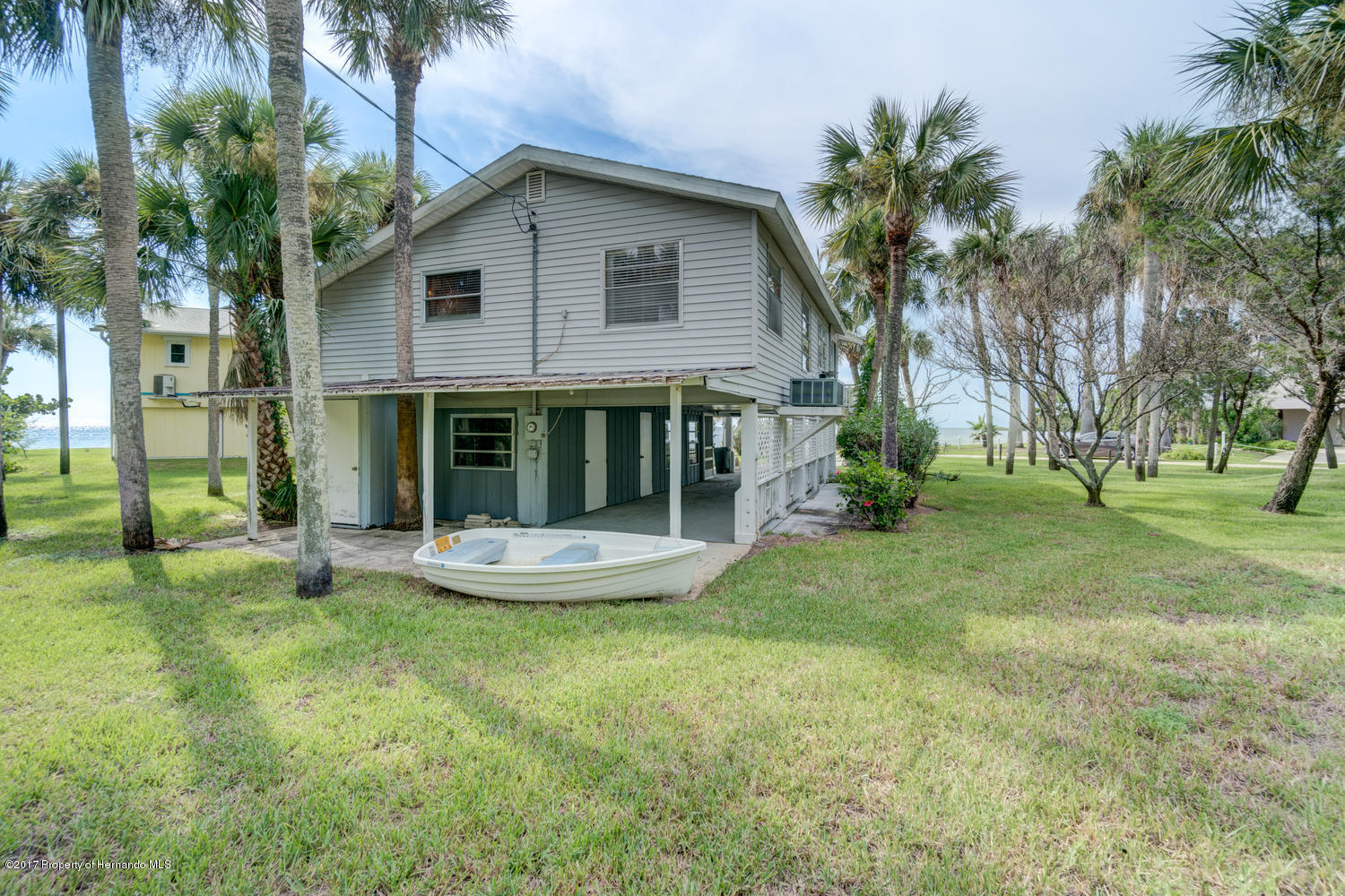 3446 Bayview Ave Weeki Wachee-large-018-