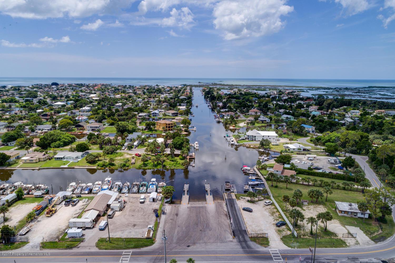 Pine Dale Ct Hernando Beach FL-large-012