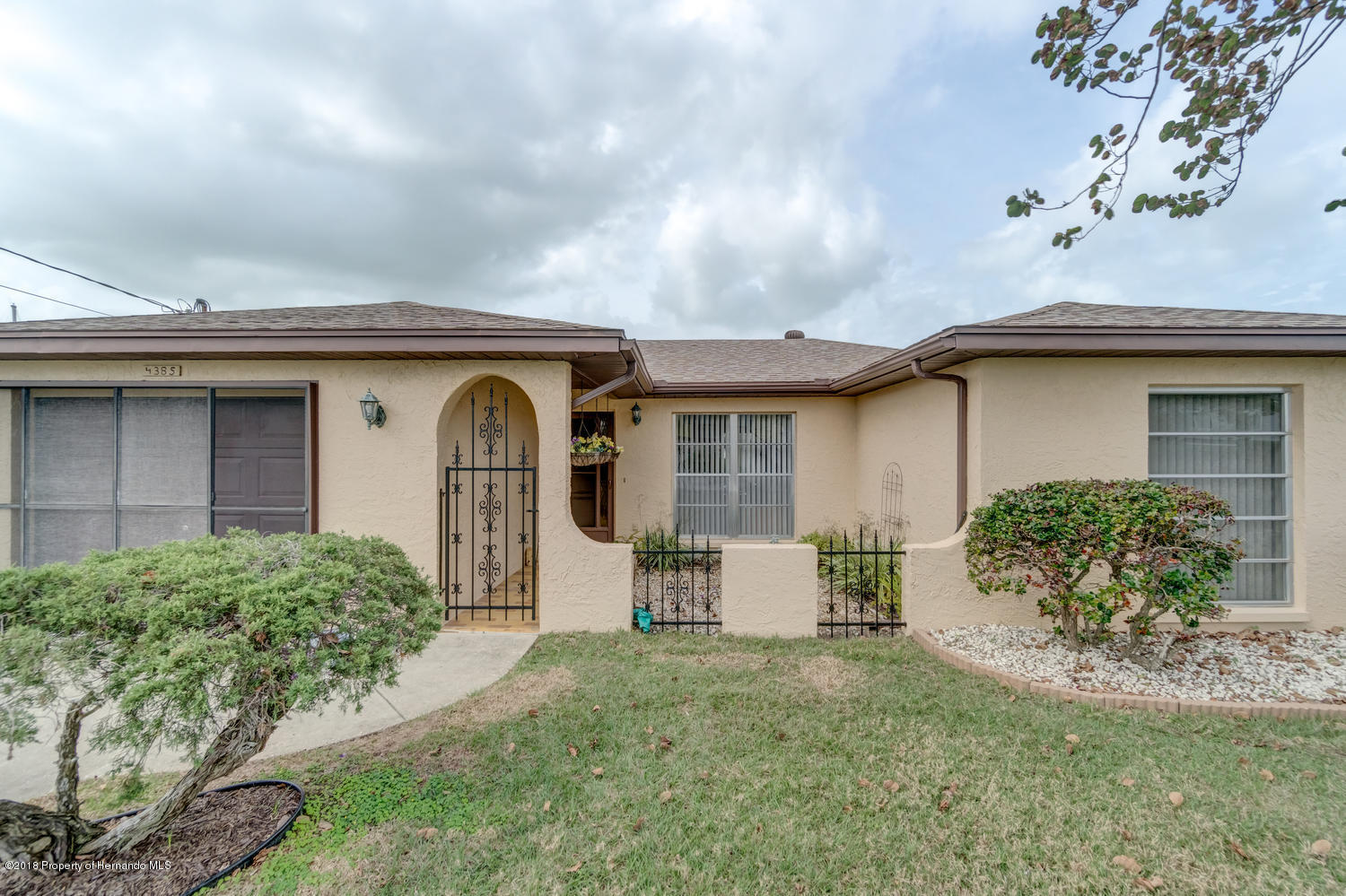 4385 5th Isle Dr Hernando-large-015-47-F