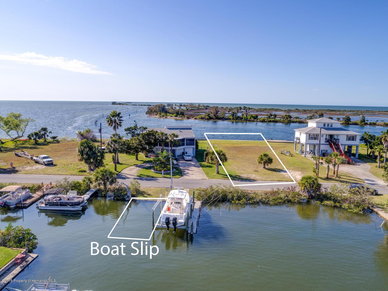 Gulf Front Lot & Slip