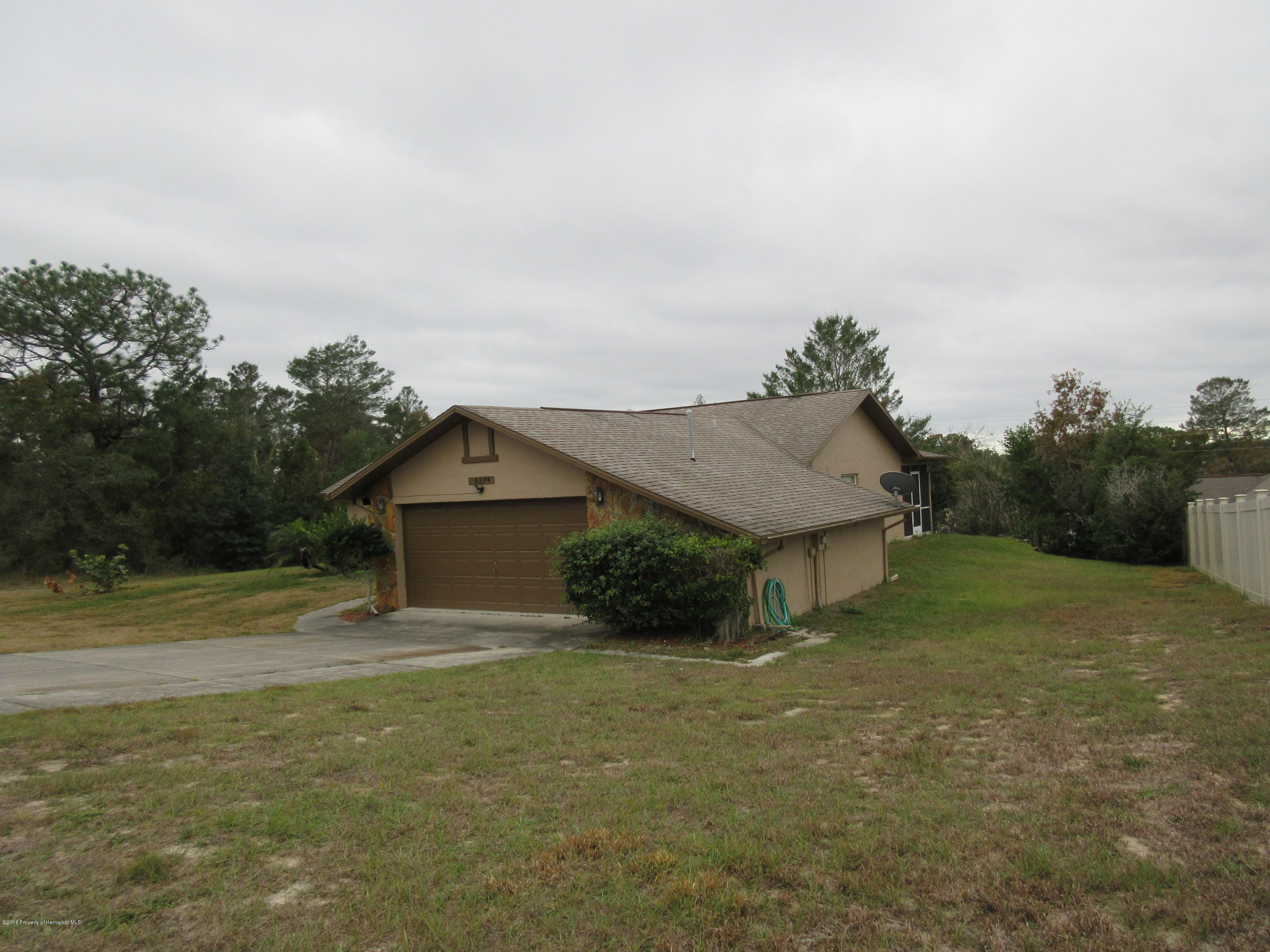 6274 Grapewood Road, Spring Hill, Florida 34609, 2 Bedrooms Bedrooms, ,2 BathroomsBathrooms,Residential,For Sale,Grapewood,2197427