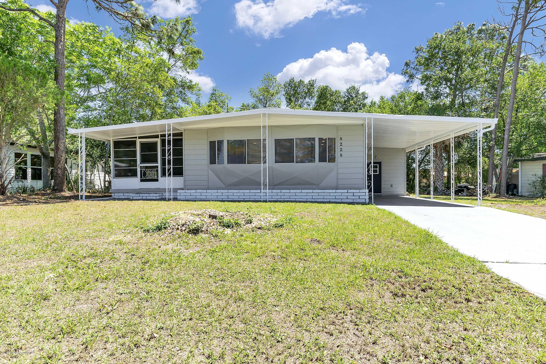 8228 Ridge Dale Avenue, Brooksville, Florida 34613, 2 Bedrooms Bedrooms, ,2 BathroomsBathrooms,Residential,For Sale,Ridge Dale,2200544