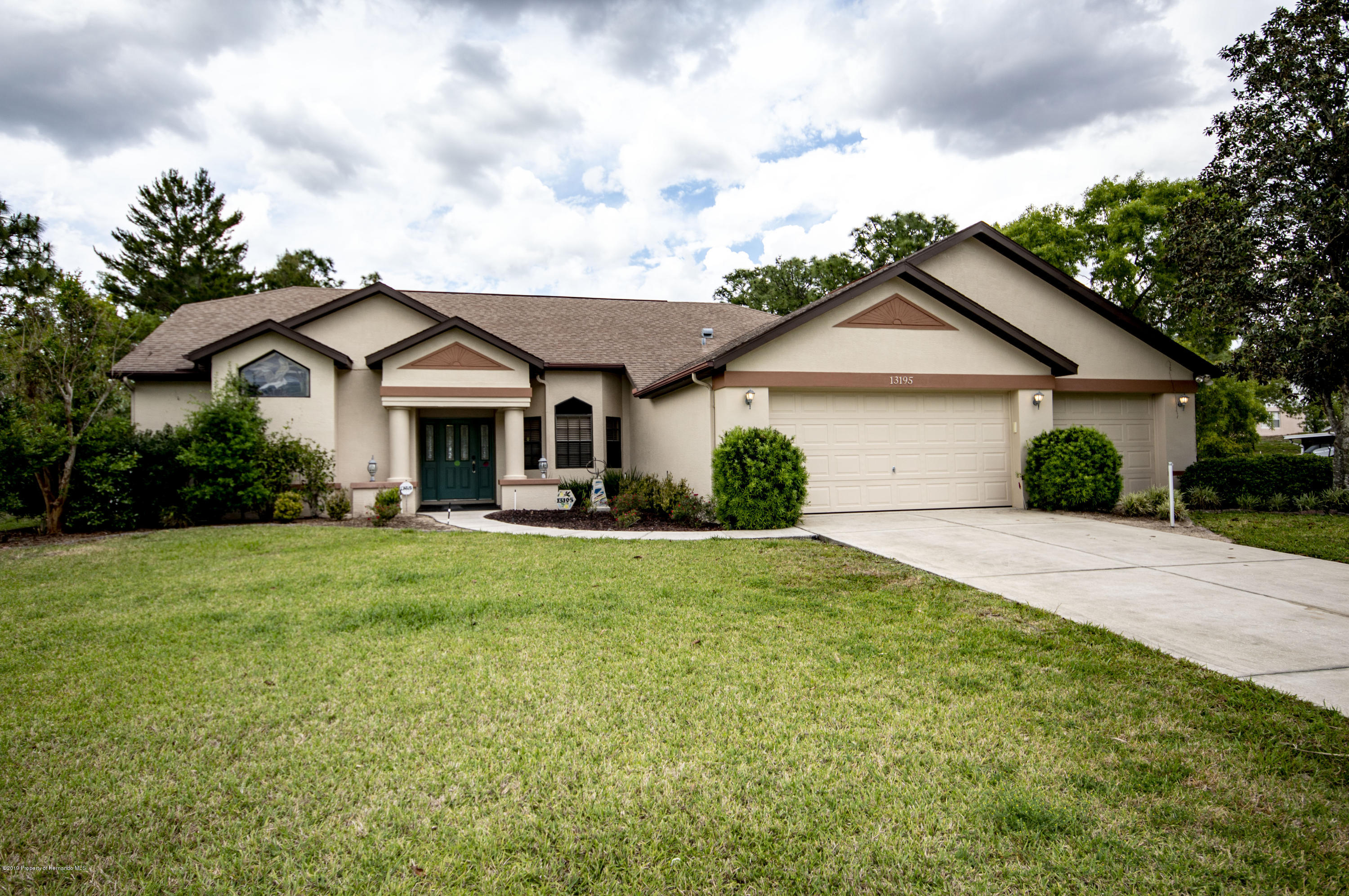 13195 Curry Drive, Spring Hill, Florida 34609, 3 Bedrooms Bedrooms, ,2 BathroomsBathrooms,Residential,For Sale,Curry,2200604