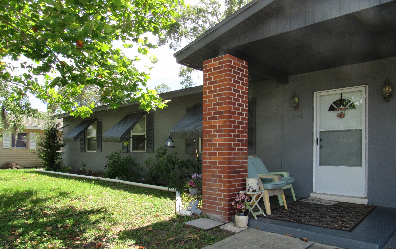 7242 Tarrytown Drive, Spring Hill, Florida 34606, 3 Bedrooms Bedrooms, ,1 BathroomBathrooms,Residential,For Sale,Tarrytown,2201865