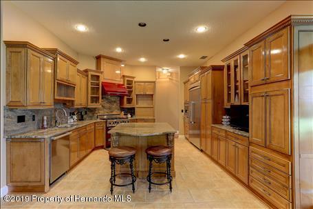 Image For 10033 12 Oaks Court , Weeki Wachee, FL 34613