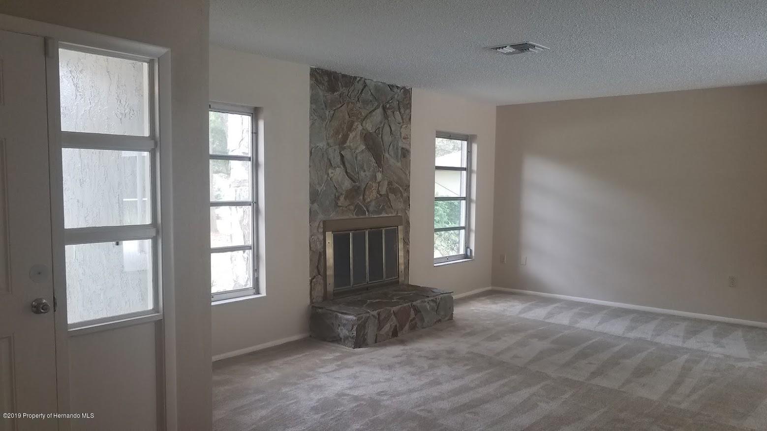 1194 Hallcrest Avenue, Spring Hill, Florida 34608, 2 Bedrooms Bedrooms, ,2 BathroomsBathrooms,Residential,For Sale,Hallcrest,2203160
