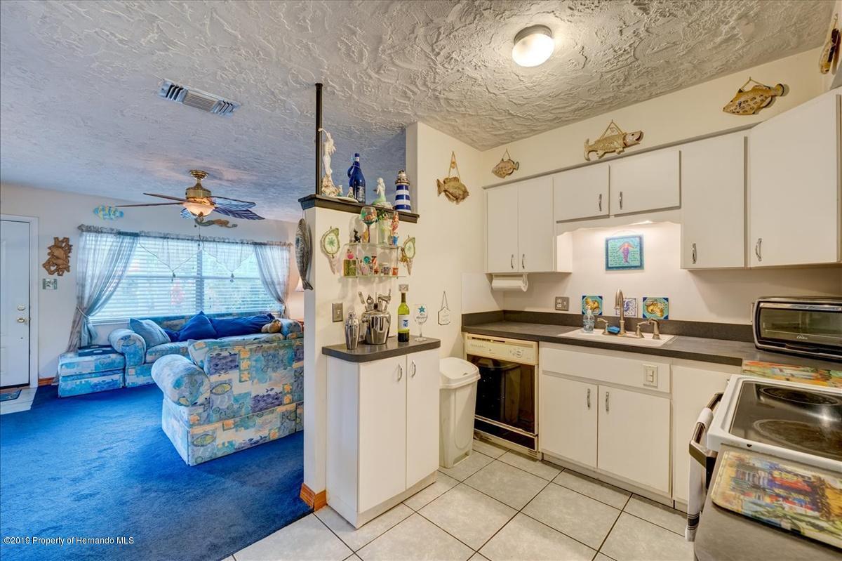 31-Kitchen