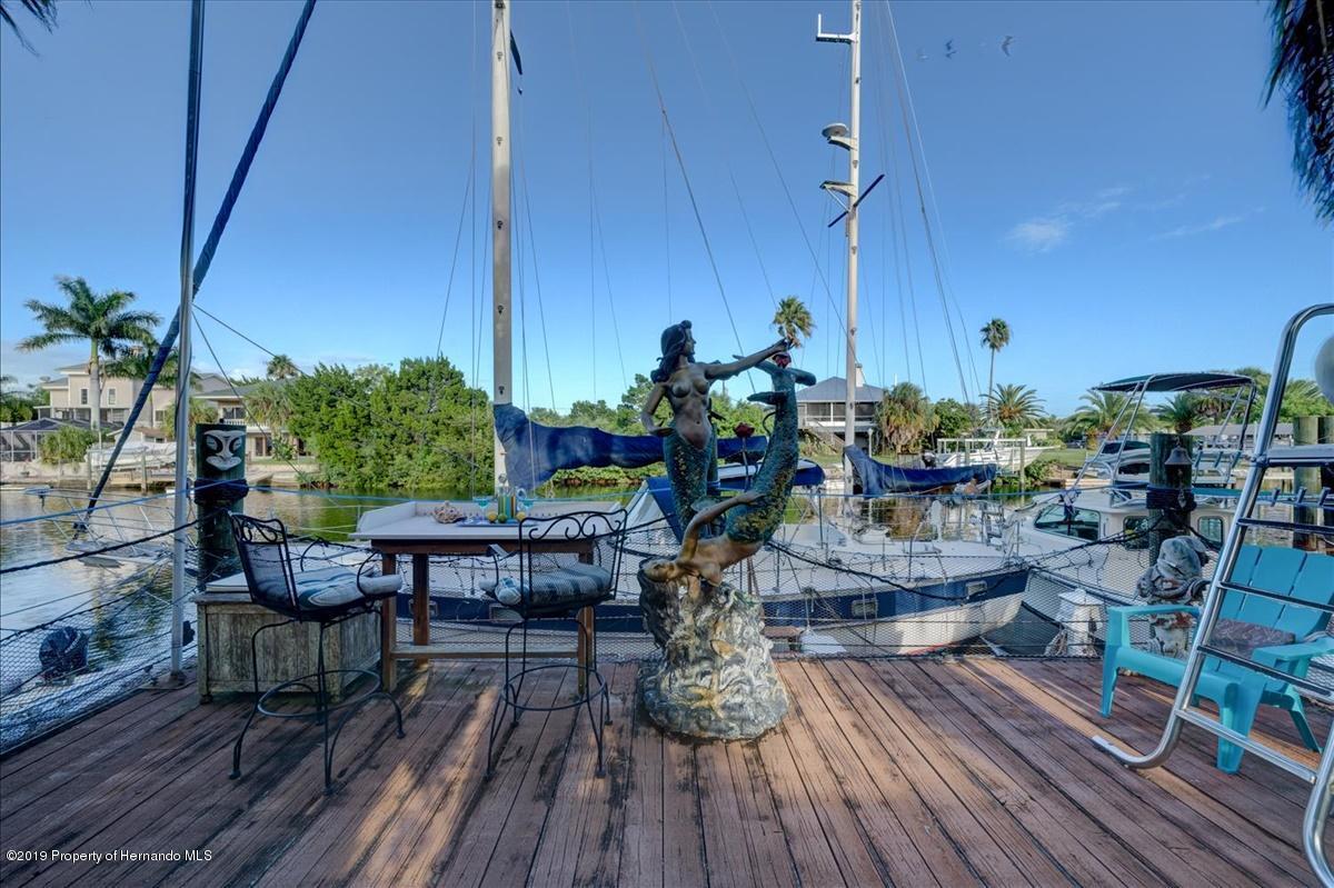 48-Dock