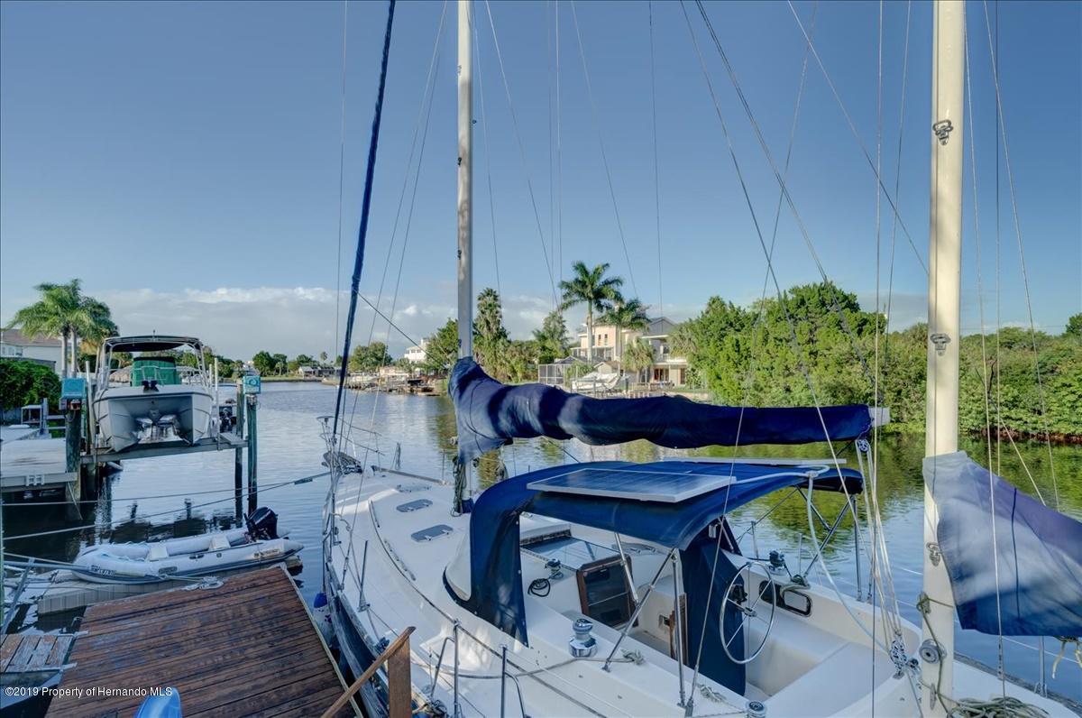 51-Dock