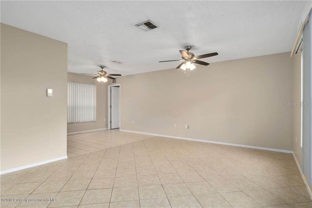1352 Medford Avenue, Spring Hill, Florida 34606, 3 Bedrooms Bedrooms, ,2 BathroomsBathrooms,Residential,For Sale,Medford,2204537