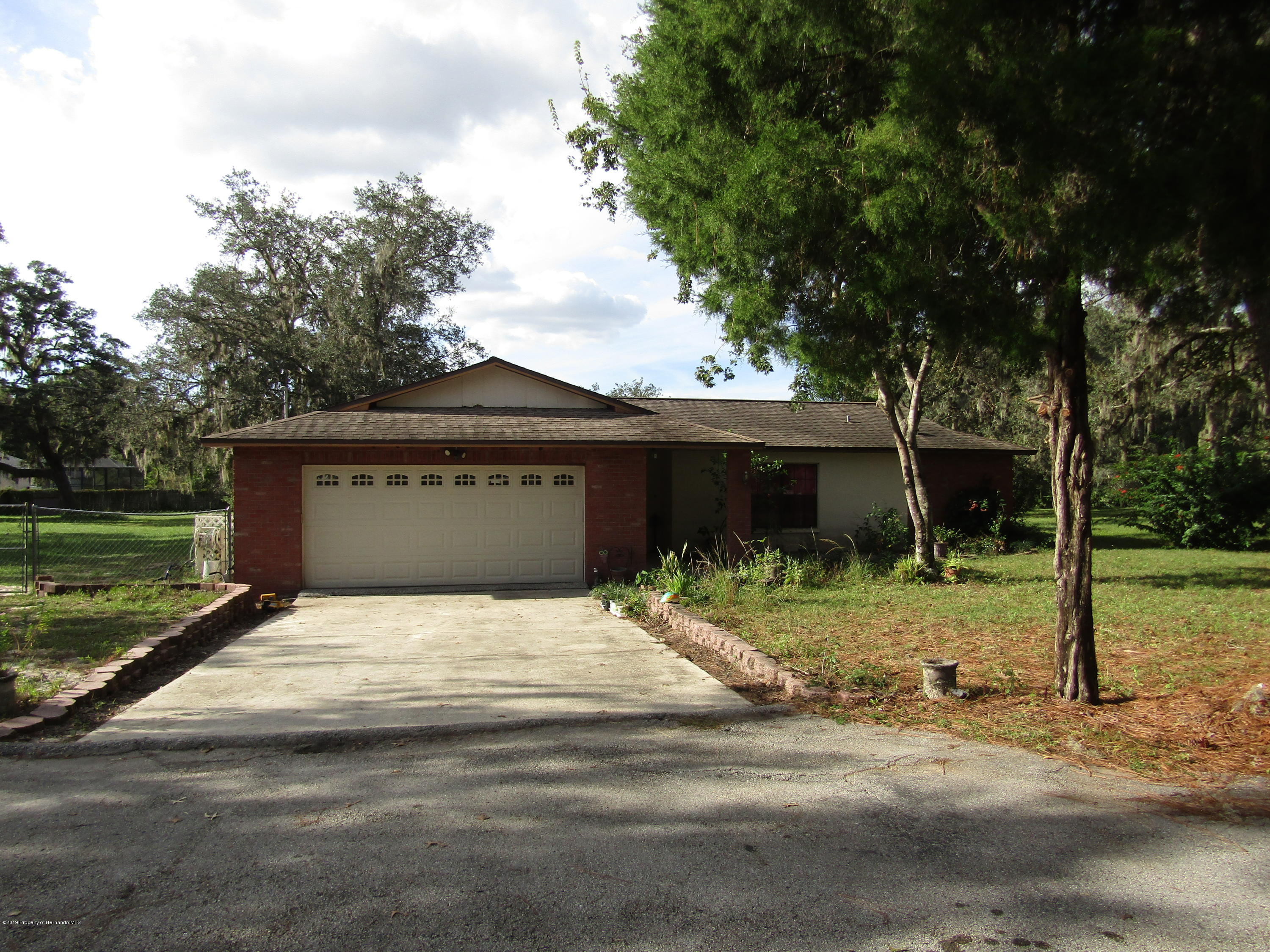 11341 Pine Forest Drive