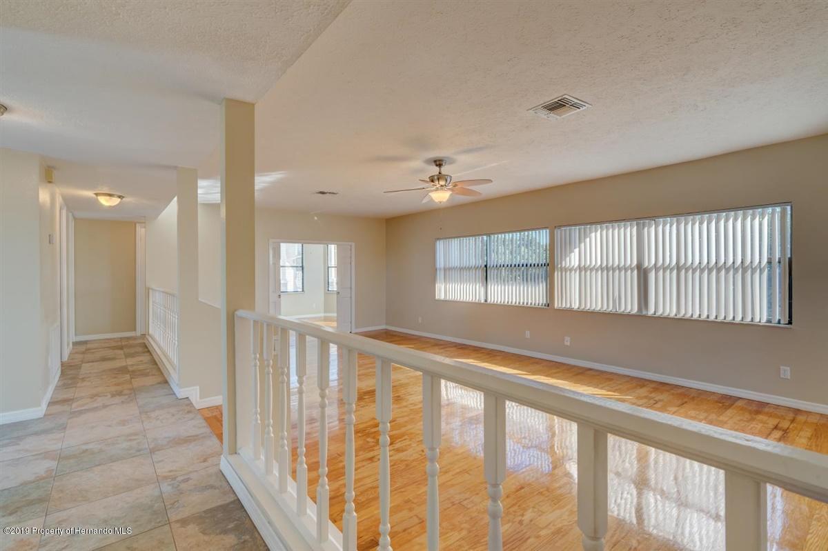 25-Living Room