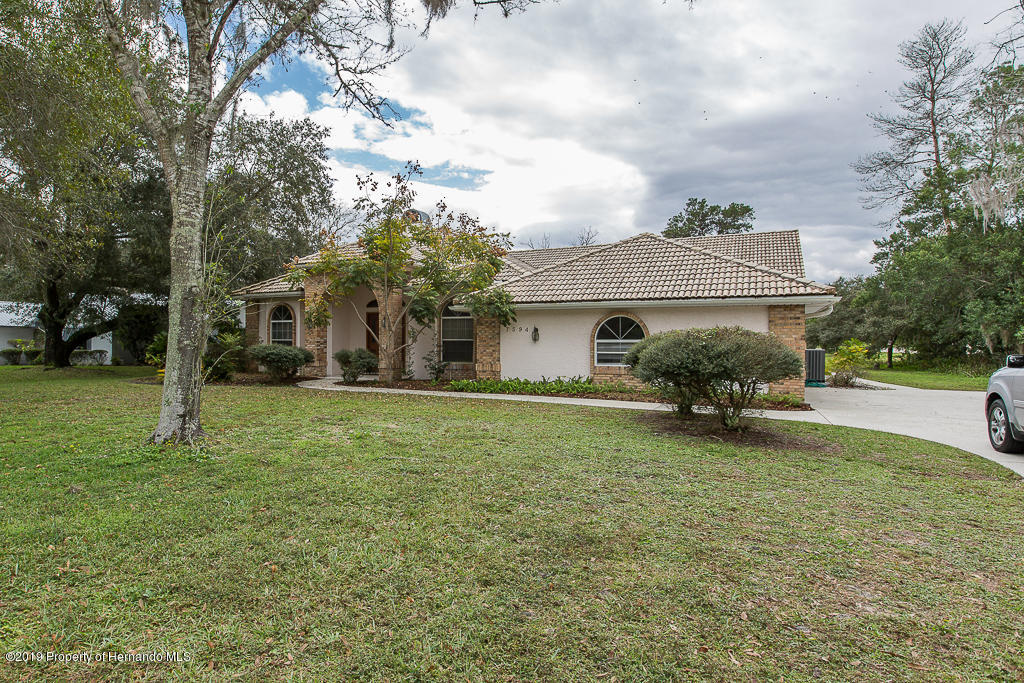 7594 River Country Drive, Weeki Wachee, Florida 34607, 3 Bedrooms Bedrooms, ,2 BathroomsBathrooms,Residential,For Sale,River Country,2206105