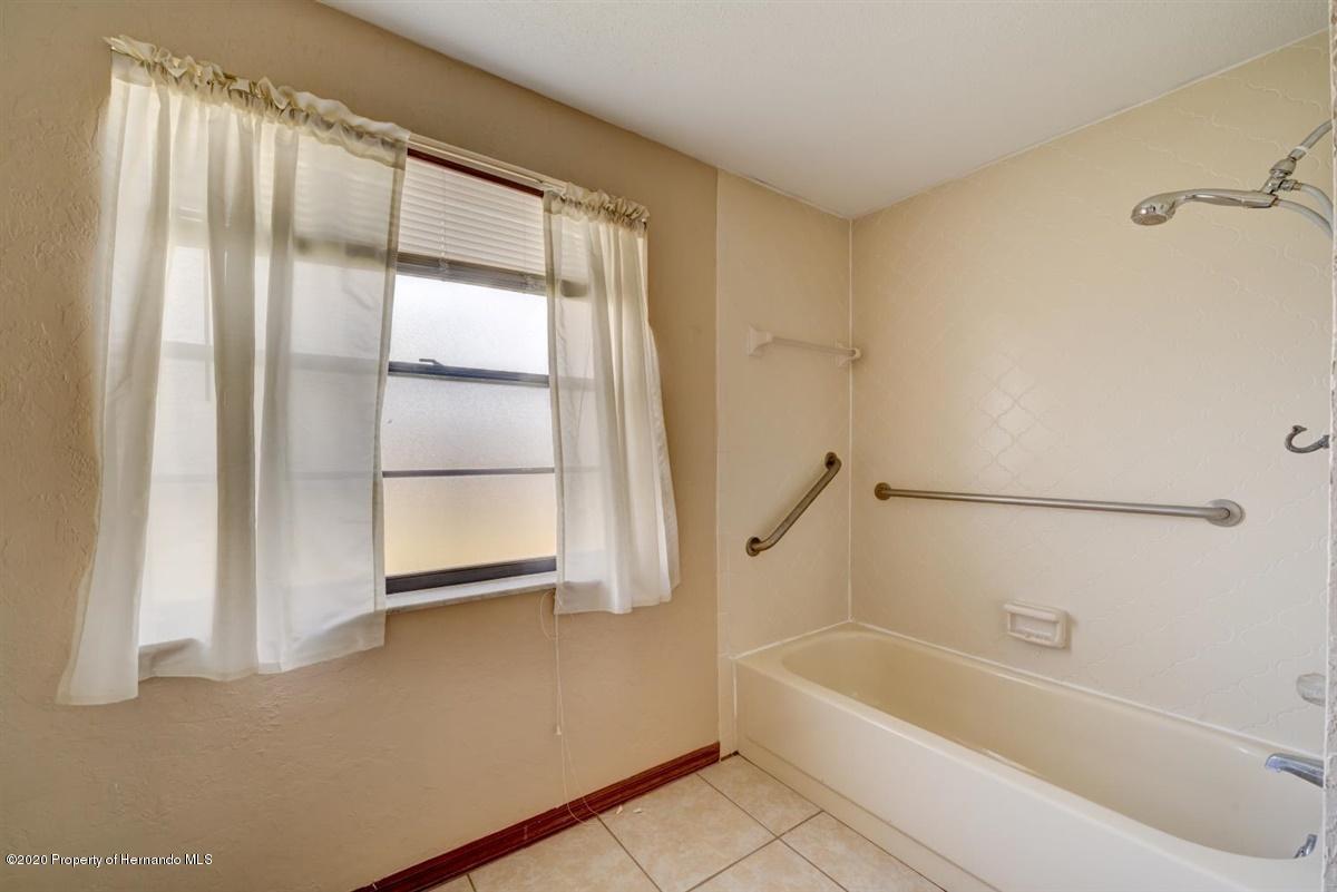 Main/Guest Bathroom