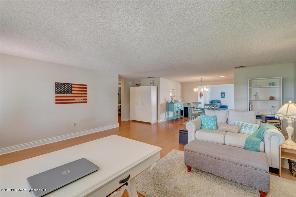 20-Living Room