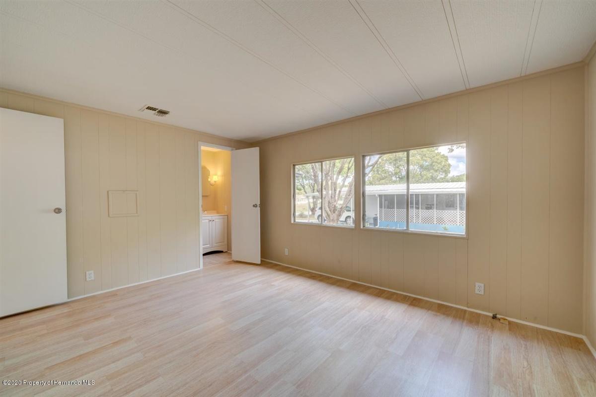 31-Master Bedroom